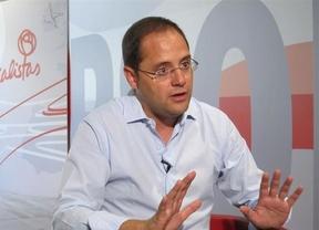 El PSOE dice a Montoro que existen