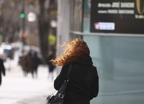 Protección Civil pide precaución por las fuertes rachas de viento en este lunes