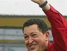 Chávez obtiene la reelección con el 61,35% de los votos tras conocerse los primeros datos parciales