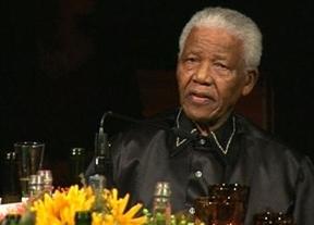 Un amigo íntimo de Mandela se pone en la peor situación: 'Es hora de dejarle marchar'