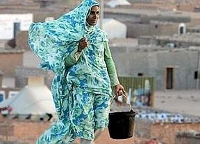 Los cooperantes 'pasan' del Gobierno y vuelven a los campamentos saharauis