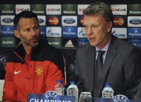En todas partes... el United destituye a su entrenador por los malos resultados y le sustituye el mítico Giggs