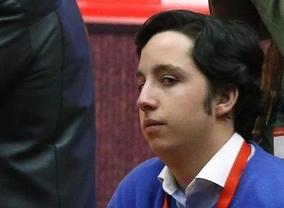 La policía investiga cómo pudo el 'pequeño Nicolás' renovarse el DNI con... ¡una foto falsa!