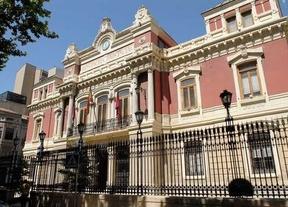 El marido de la alcaldesa de Albacete 'agraciado' por incentivos públicos para prejubilarse de la Diputación de Albacete
