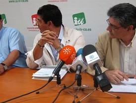 El 15-M convoca asambleas y se une a la izquierda real para pedir un referéndum