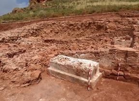 Encuentran un sarcófago en Montiel que data del siglo XIV