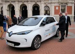 Renault entrega un ZOE eléctrico al Ayuntamiento de Valladolid