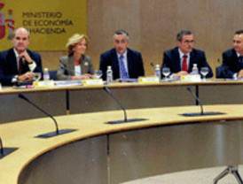 Escepticismo generalizado ante la cita de mañana entre Zapatero y Rajoy