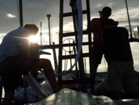 Rescatan nueve náufragos en el Pacífico colombiano