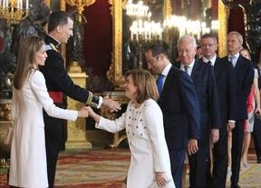 El discurso de Felipe VI, que gusta  al PP y al PSOE, decepciona a otros partidos