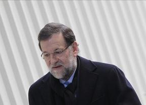 Rajoy pide a los suyos 'distancia' con el caso Bárcenas para no entrar en más 'enredos'