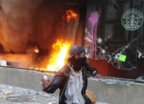 Los radicales de siempre hacen arder el civismo de la huelga