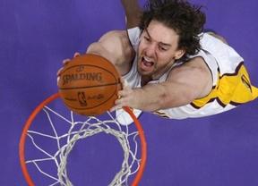 Peor, imposible: 'annus horribilis' para los Lakers, ya los últimos pese a las buenas actuaciones de Gasol