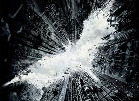 Un Batman viejo se enfrentará al villano Bane en 'The Dark Knight Rises'