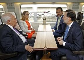 El Príncipe y Rajoy estrenan el AVE a Alicante destacando su impulso al optimismo