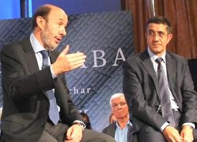El hundimiento socialista facilita la hegemonía del PP en Galicia y el triunfo soberanista en Euskadi