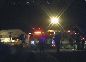 Toda España llora el drama de Badajoz: 5 niños mueren al estrellarse el minibús en el que volvían de jugar al fútbol