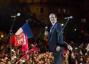 Francia cambia la letra y la música de la crisis europea pero espera el castigo de los mercados