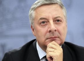 Blanco acusa a los 'populares' de querer hacer una segunda Transición con la excusa de la crisis