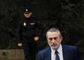 Cesan al 'número dos' de la Policía de Madrid tras reunirse con Correa, presunto 'cabecilla' de la trama Gürtel