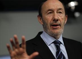 Rubalcaba 'se pone las botas' y advierte: 'El Gobierno nos tendrá enfrente'