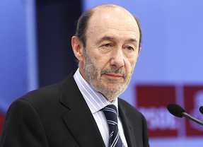 Las bases del PSOE de Madrid quieren que dimita Rubalcaba y se forme una gestora