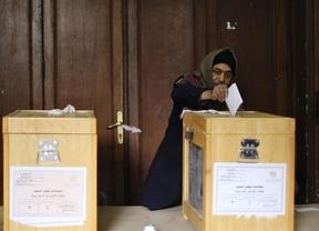 Ahora sí, Egipto elige al sustituto de Mubarak sin sondeos que indique candidatos favoritos