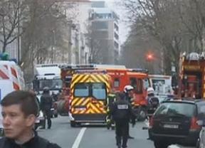 Tiroteo en París que deja a un policía muerto y 2 heridos en una posible operación relacionada con el 'Charlie Hebdo'