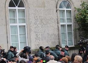 La tensión social aumenta: de los 'escraches'... al boicot parlamentario en Galicia