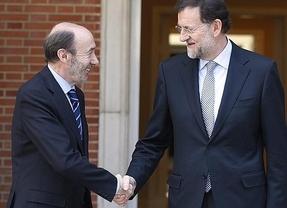 ¿Pacto Rubalcaba-Rajoy para no remover el sistema financiero?
