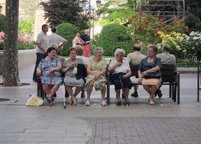 Envejecimiento de la población: 23.428 españoles tendrán más de 100 años en 2022