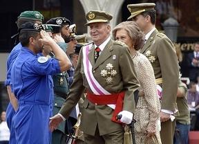 Regreso con muletas: el Rey vuelve a un acto público con motivo del Día de las Fuerzas Armadas en Valladolid