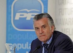 Bárcenas ya es Roldán: el PP lo considera 'desactivado' por 'criminalización'