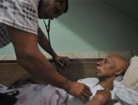 Cuba libera otros cinco opositores tras Premio a Fariñas