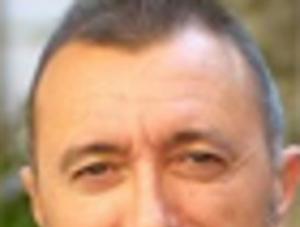 Pérez Reverte dice que Moratinos se fue como un