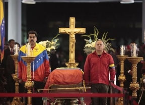 Maduro se 'estrena' como presidente