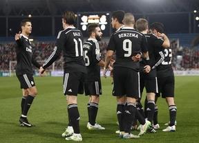 El Almería hace de 'sparring' de un Real Madrid que alcanza su 20ª victoria seguida y prepara el 'Mundialito' (1-4)