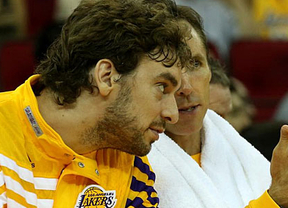 Paliza en el estreno de los 'nuevos' Lakers de Gasol, con el refuerzo de Nash, ante Warriors (110-83)