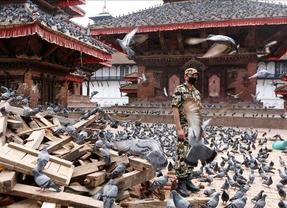 La tensión crece en Nepal tras una 'débil' respuesta de las autoridades al terremoto