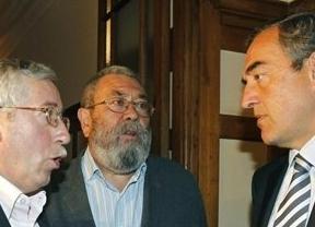 Sindicatos y patronal se temen lo peor ante la EPA: Rosell, pesimista y Méndez teme 'golpetazo'