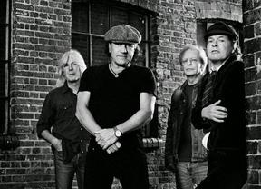 AC/DC seguirá adelante con la gira de presentación de 'Rock or Bust' a pesar de la detención de su batería