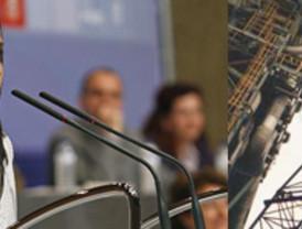El presidente de la CEN, José Manuel Ayesa, muestra su