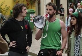 Los 'apellidos vascos' siguen salvando al cine español: quinto fin de semana como la película más vista