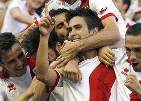 Al Elche le cae un Rayo en Vallecas en su vuelta a Primera División (3-0)