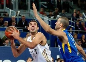 Los blancos aprovechan un segundo cuarto escandaloso para noquear al Maccabi Electra (79-53)