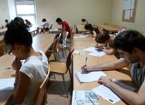 Se amplía el número de becas de 1.000 euros para jóvenes que quieran retomar sus estudios