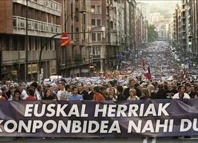 La izquierda abertzale pide en la manifestación de Bilbao 'democracia real ya en Euskal Herria'