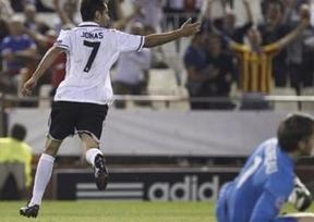 Liga de Campeones: el deprimido Valencia busca moral y el liderato del grupo en Lille