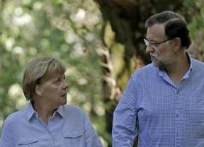 Tras los pitos en el Camino de Santiago, la cena y el albariño, Merkel y Rajoy se sientan a trabajar acerca del futuro de Europa