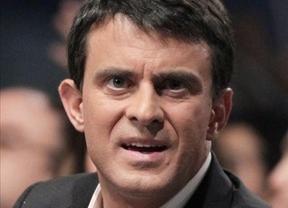 El Gobierno aprovecha el ascenso de Manuel Valls para justificar la concesión de la Gran Cruz del Mérito Civil